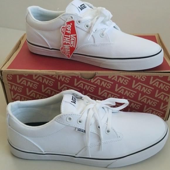 8715bc19b2fa26 NWT Men s Vans Shoes